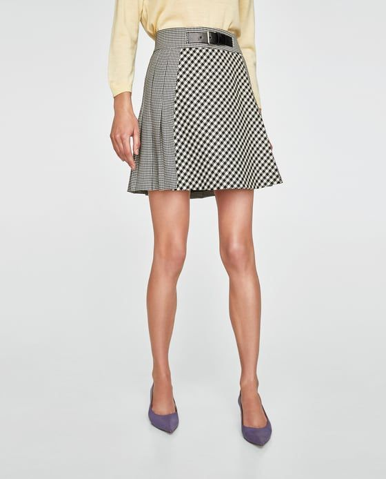 Image 2 of CONTRASTING MINI SKIRT from Zara