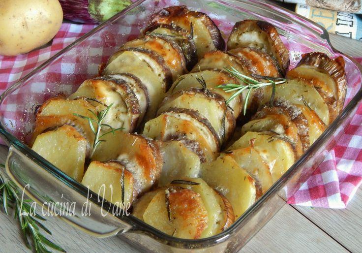 Melanzane e patate al forno con scamorza, ricetta con melanzane al forno facile e veloce da fare,perfetta come contorno gustoso,ricetta estiva con melanzane