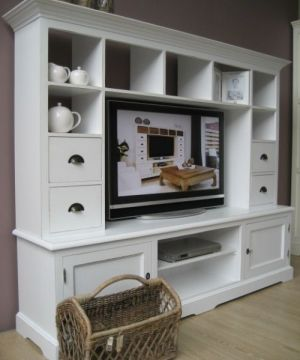 TV Kast Provence Hoog - Landelijke meubelen - De Gouden Engel. Buffetkast met TV, 999 euro, afgeprijsd van 1499