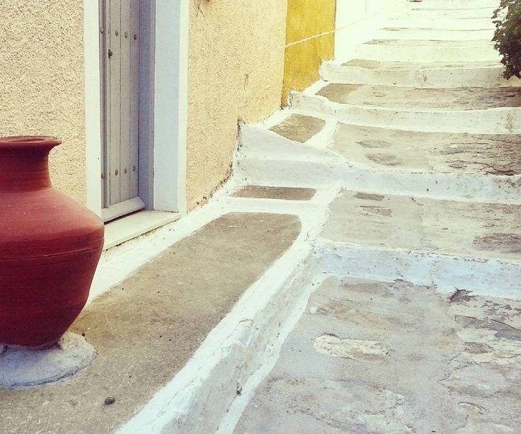 """While walking on Kea's streets, enjoy every step!  #visitKea #kea_greece #Tzia #walking #sunnyday #likealocal #bright_colors #autumn #november #clay…"""
