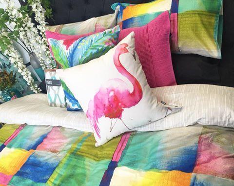Who doesn't love a pink flamingo?! Loving the new @kasaustralia range