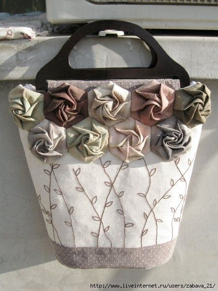 DIY bags by maria.robin.3--not a good link but I can use the picture.