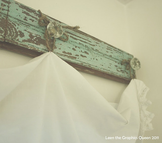 """Cute, unique """"curtain rod."""" Want this in guest bathroom."""