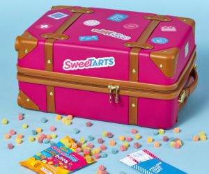 Wow!  Enter the Nestle SweeTARTS Follow Your Tart Promotion for a chance to Win up to $10,000.00!  There will be 1 Grand prize of $10,000.00, 170 will win $100.00, 50 will win a $100.00  gift card and 50 will win a $50 gift card.  All you have to do is enter – you can even enter daily up to 7/31/17!  Take a Chance! http://ifreesamples.com/win-10000-instantly-enter-nestles-sweetarts-sweepstakes/