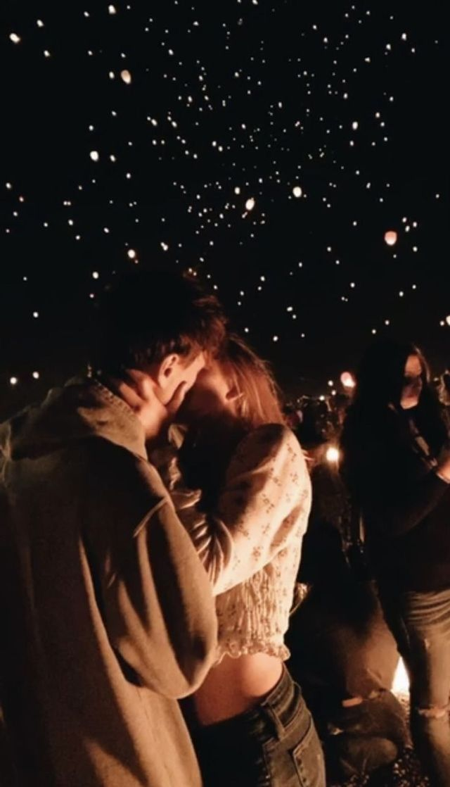 Cute & goofy sweet relationship goals photo ideas for couples