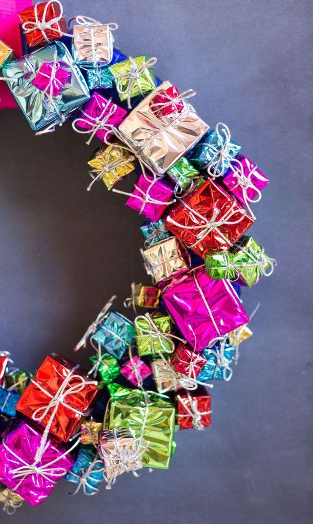 diy gift box wreath. so cute!