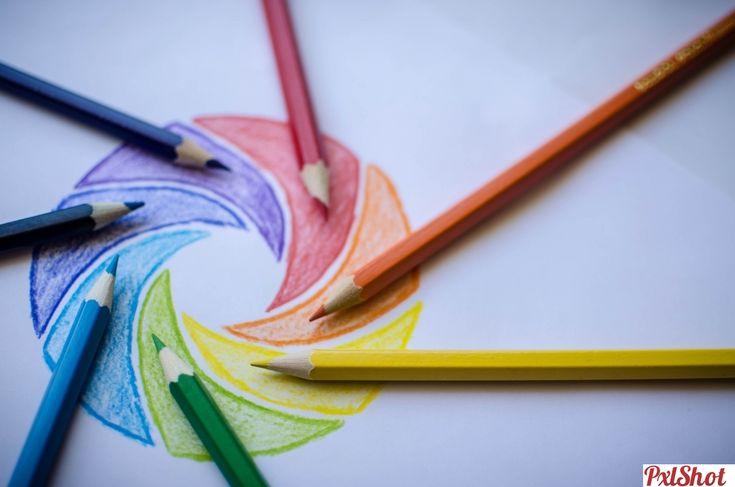 Rainbow Aperture   Creioane Colorate - PxlShot.ro