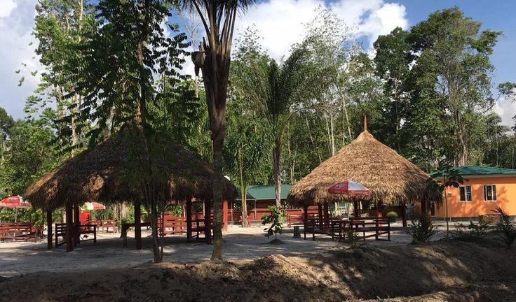 Bospark Gran Swietdjaarie is de perfecte uitvalsbasis waar je kunt genieten van een prachtige rustige plek middenin het bos. Je kunt er boswandelingen maken, zwemmen in een uniek natuurbad met kristal helder water, picknicken, barbecueën, sporten, kamperen en meer. Voor de kinderen is er een speelattractie, zodat ook zij wat te doen hebben. Je kunt …