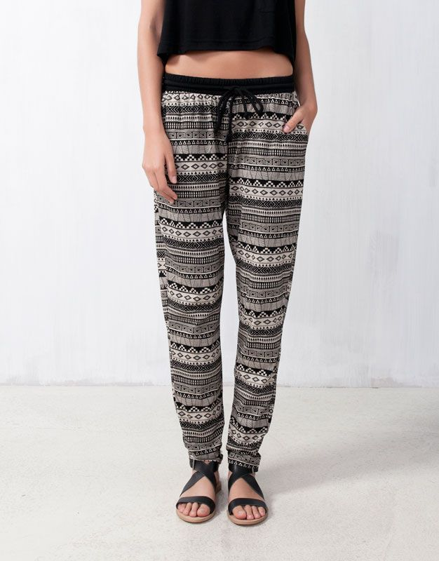 PRINTED BAGGY PANTS - New products - WOMAN - Hungary