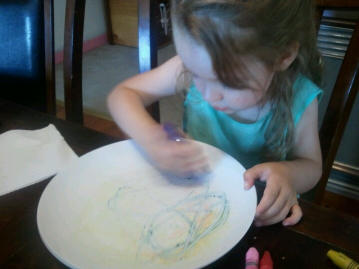 My 3yr old loved crayon drawing on kitchen plate. Both heated in the microwave for 30 sec, easy to clean.