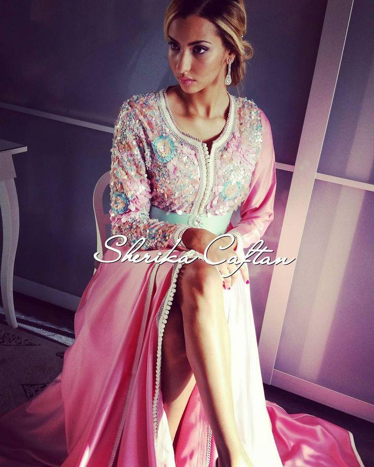 Lebsa sequin pastel et jupe rose. En location uniquement. Pour toute information laissez vos questions en mp pour avoir une réponse Merci. Instagram :@Sherikacaftan #sherikacaftan #luxury #princesses #caftanpastel #leilahadioui #takchita #inspirationmarocaine #caftansequin #Maroc #mariagemarocain #lebsa #caftan2016 #caftanmarocain