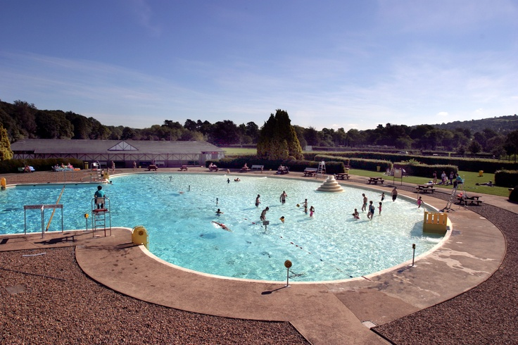 76 best uk lidos images on pinterest swimming pools pools and swiming pool for Outdoor swimming pool leicester