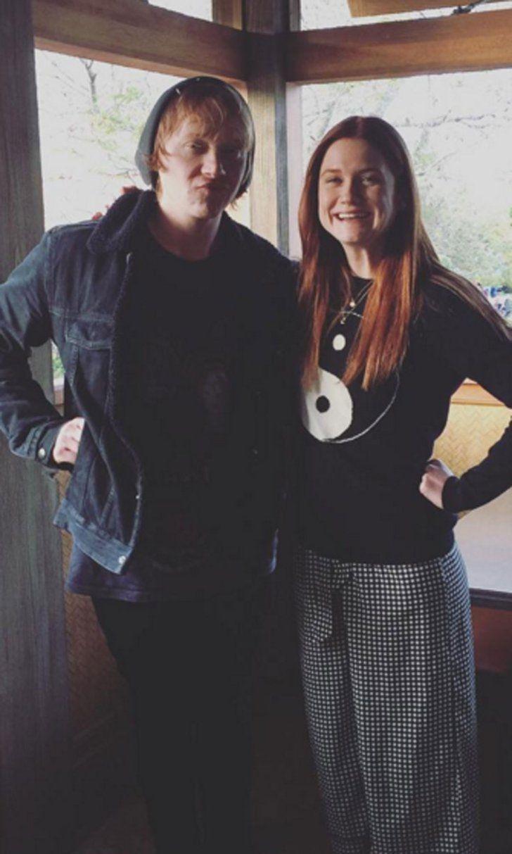 Ron et Ginny Weasley Font un Voyage aux Studios Universal Avec Neville Longdubat…