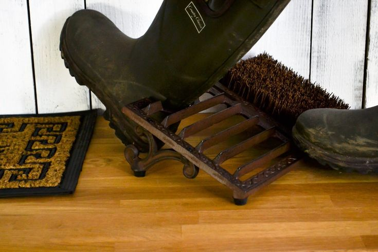 east2eden Rustic Cast Iron Wellington Wellies Large Boot Jack Grate Scraper & Cleaning Brush by east2eden - Shop Online for Homeware in the United States