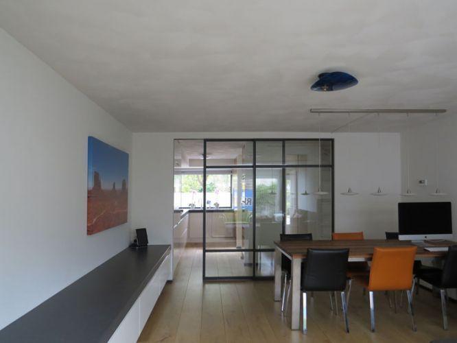 25 beste idee n over kamer scheiden op pinterest kamerscheidingmuren houten balken en - Scheiding houten ...