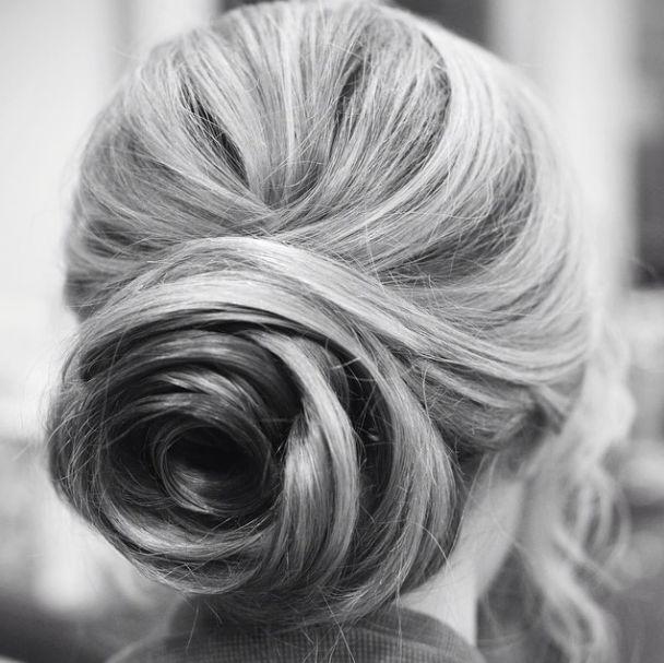 29 Gorgeous Wedding Hairstyle Ideas. To see more: http://www.modwedding.com/2014/10/19/29-gorgeous-wedding-hairstyle-ideas-get-inspired/ #wedding #weddings #hairstyle Featured Hairstyle: hairandmakeupbysteph