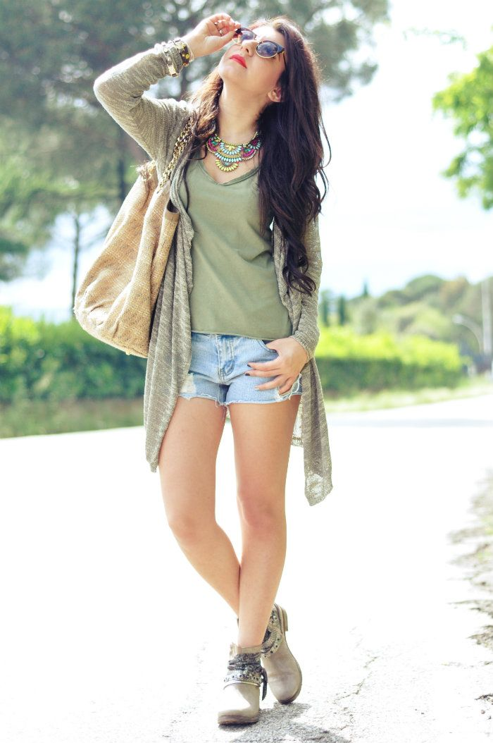sabrina musco summer outfit shorts boots cardigan t-shirt