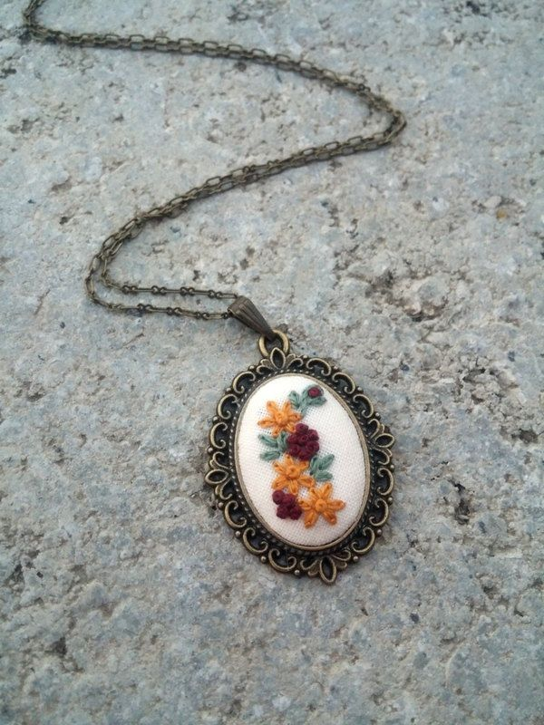 Flower necklace Cute necklace Vintage style flower jewelry Hippie necklace Delicate jewelry by RedWorkStitches on Etsy