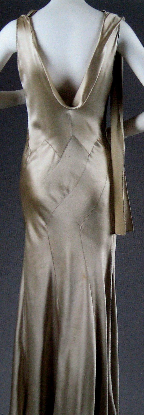 Bias Cut: originated by Madeleine Vionnet, a technique for cutting to utilize the diagonal direction of the cloth. It gave greater stretch and draped in a way to accentuate the body lines and curves.