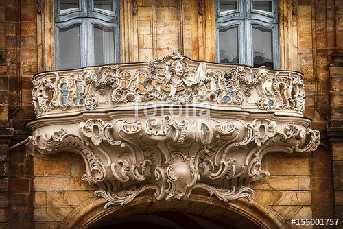 """Laden Sie das lizenzfreie Foto """"Balkon vom Bamberger Rathaus"""" von Photocreatief zum günstigen Preis auf Fotolia.com herunter. Stöbern Sie in unserer Bilddatenbank und finden Sie schnell das perfekte Stockfoto für Ihr Marketing-Projekt!"""