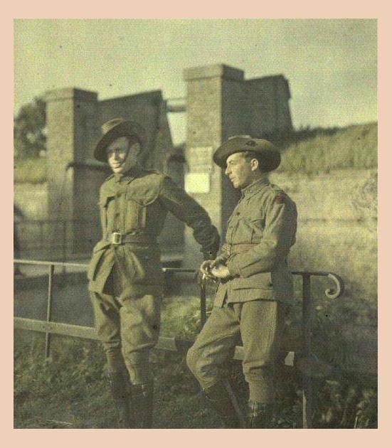 #WW1 Australian ANZAC soldiers at Bergues (Northern France) 1917