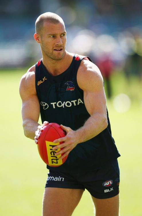 roscoe66:   Scott Thompson of the Adelaide Crows