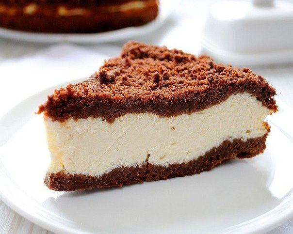 Шоколадный пирог с творогом.