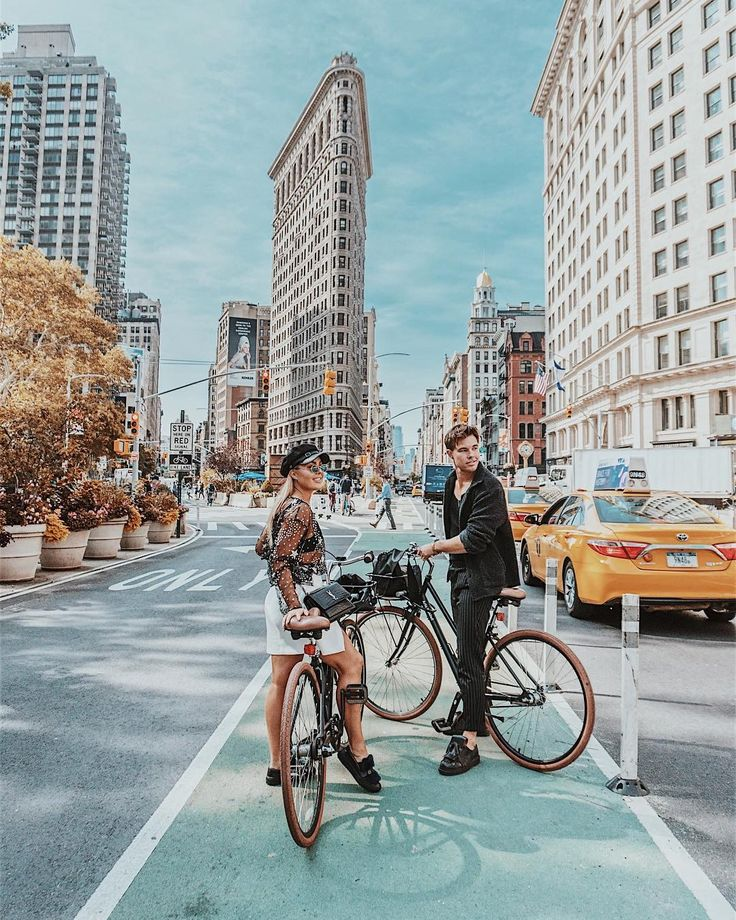 "14.3 k gilla-markeringar, 116 kommentarer - Angelica Blick (@angelicablick) på Instagram: ""A must when you are in NYC: Rent bikes and explore ✌🏽️"""