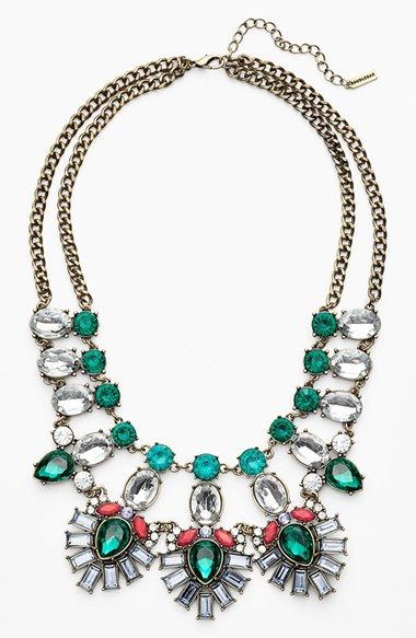 Mixed stone statement necklace http://rstyle.me/n/mqtj9nyg6
