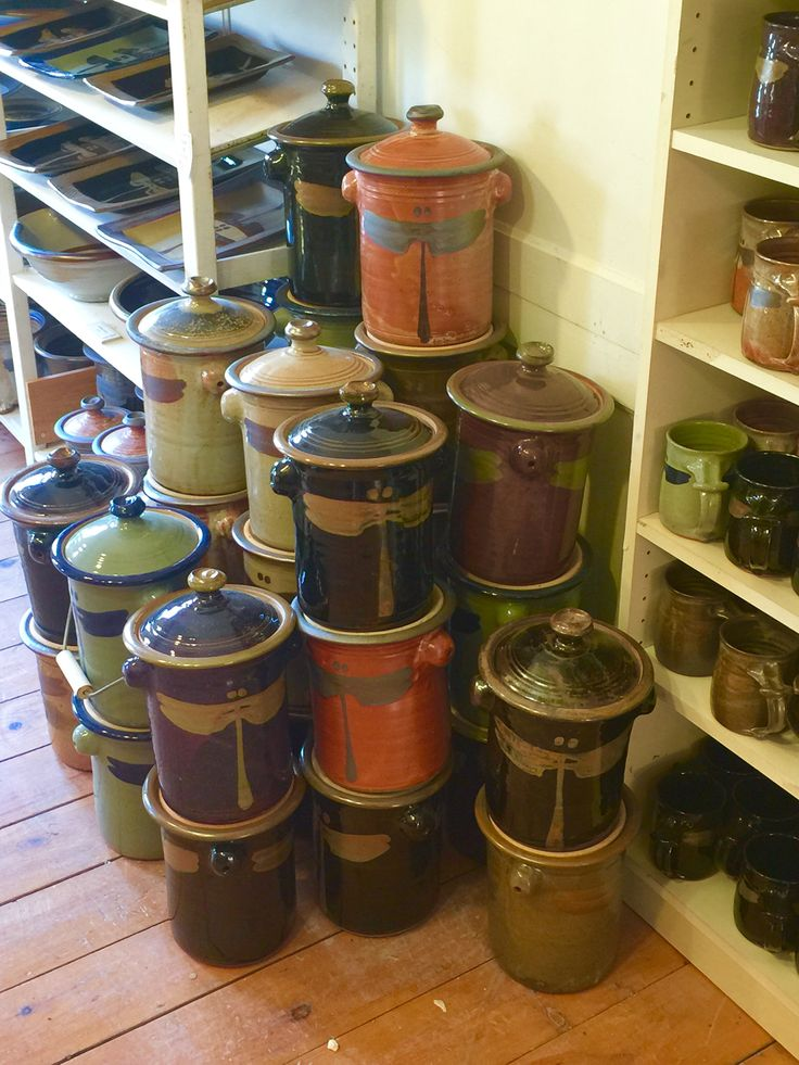 http://richardfisherpottery.com/ Compost Pots waiting for Handles