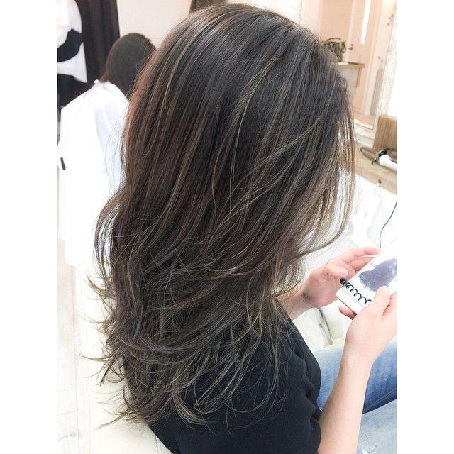 「憧れの外国人風。ハイライト×レイヤーで作るヘアスタイル」に含まれるinstagramの画像|MERY [メリー]