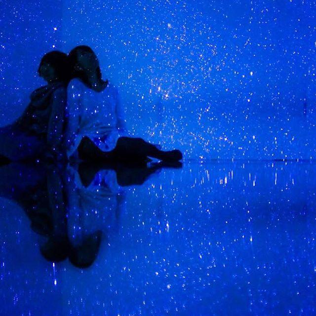 Instagram【azabujuban_girl】さんの写真をピンしています。 《ウユニ塩湖っぽい。 #六本木 #イルミネーション #プラネタリウム #けやき坂 #麻布十番 #オービカ #東京タワー #君の名は #展望台 #夜景 #寒い #風が冷たい #アベマ #イタリアン #トリュフ #グルメ #寒い #写真好きな人と繋がりたい #Nikon #星空 #ウユニ塩湖》