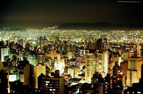 City ✤ São Paulo ✤ Night ✤ Building ✤ Light ✤ Vertical ✤ Geometric ✤