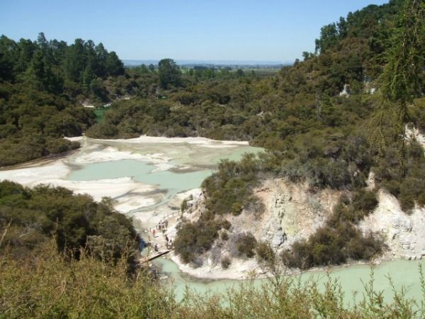 Take a fun cycle trail ride through Rotorua's world-renowned thermal areas, cultural sites and gorgeous scenery; includes family friendly sections.