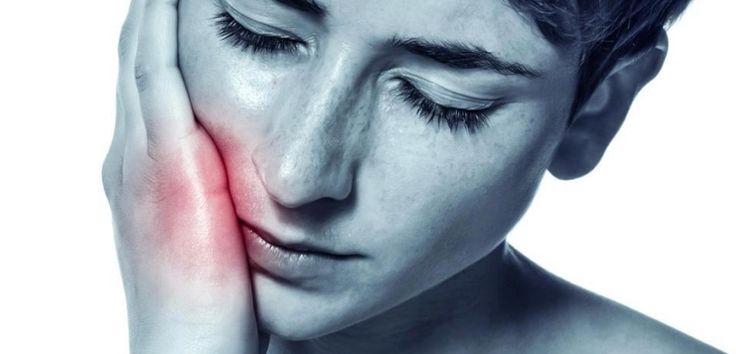 ¿Cómo aliviar el dolor de las muelas del juicio? - http://www.cultura10.com/como-aliviar-el-dolor-de-las-muelas-del-juicio/