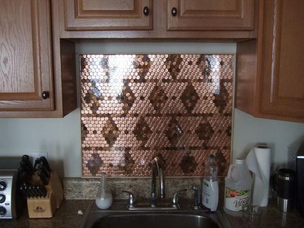Backsplash Made with Pennys - this is cool. I wouldn't like it for the kitchen but I like the idea a lot