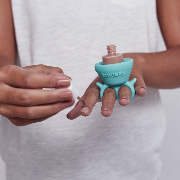 Pi di 25 fantastiche idee su smalto verde acqua su pinterest unghie blu br - Idee de vernis facile ...