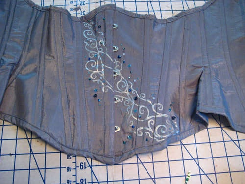 How to make an underbust corset...--Ugh still want to do this so bad...