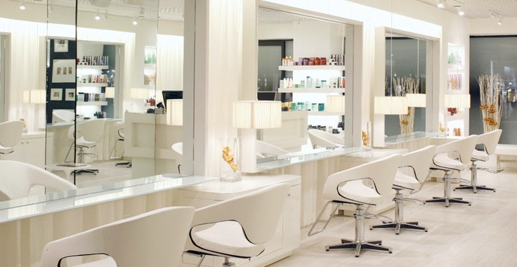 esclava a large slick looking beauty salon the