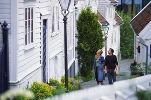 A romantic stroll along charming Old Stavanger