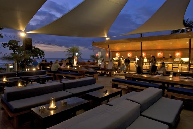 Cool  bar in Bali    http://travelling-bali.com