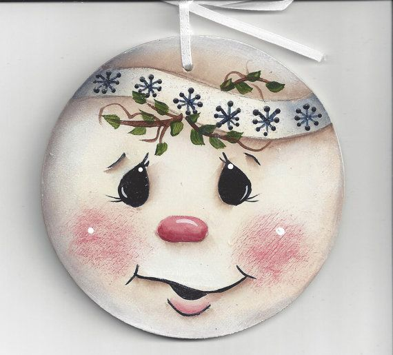 Best 25 snowman faces ideas on pinterest cute cartoon for Snowman faces for crafts