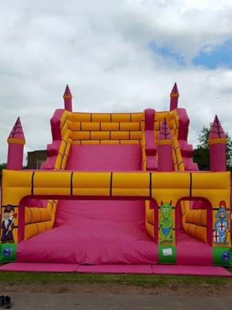 Bounceroos Event Ltd -  Bouncy Castles  -  Bouncy castle hire for all occasions both inside and out all over West Midlands.