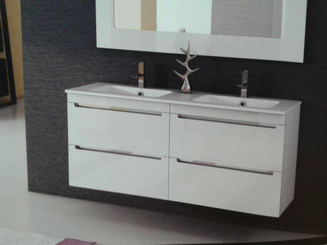 Propuesta de mueble de baño suspendido modelo Loa de 1400cm de