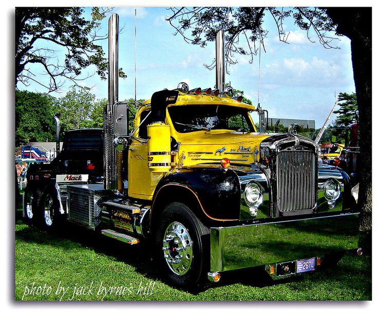 B 61 Mack Trucks : Best images about old b macks on pinterest tow