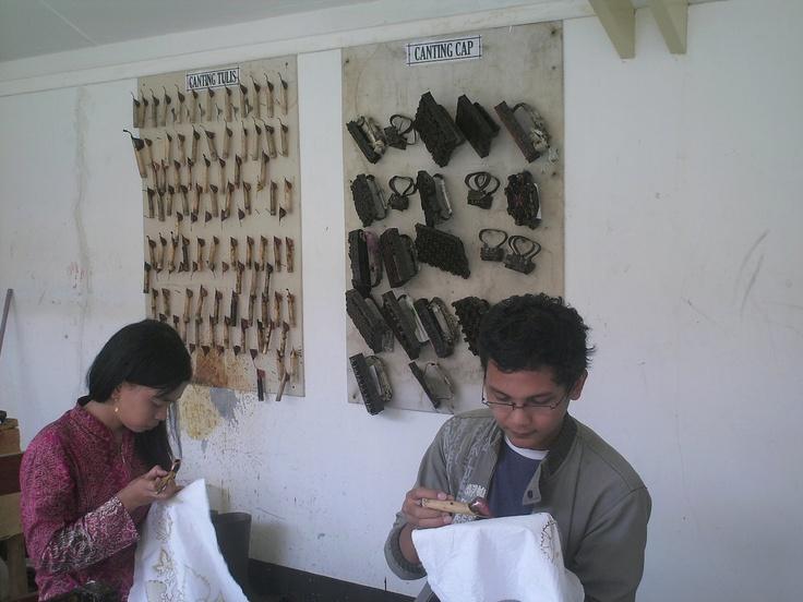 Foto kapan ya, dah lama nih, lagi mbatik di @museumbatik @InfoPekalongan™ @kotabatik :)