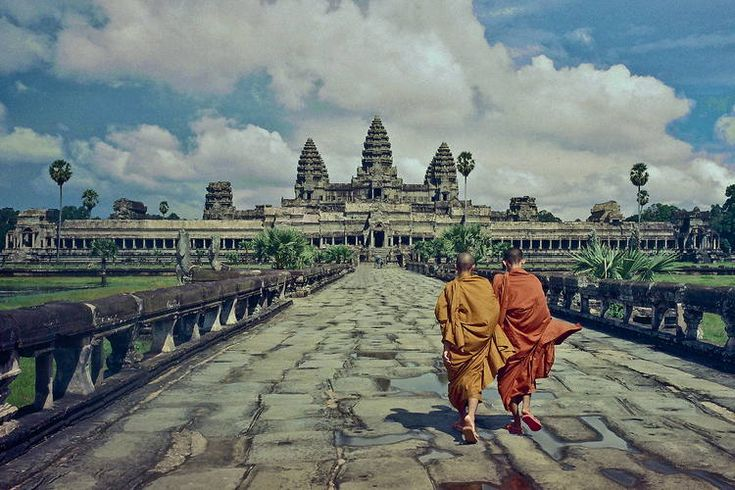 Angkor Wat is the must-see temple of the thousands within Southeast Asia. See it the A&K way, with an '& Moment' you'll never forget.