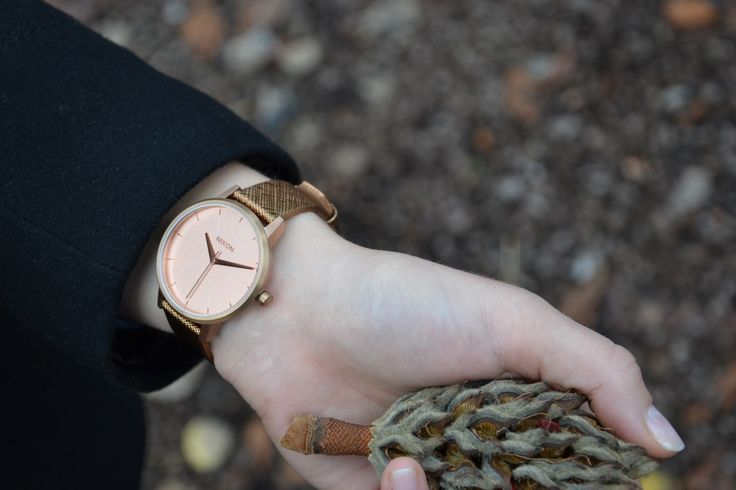 The Rose Gold Shimmer Kensington watch available at www.mulierstore.com