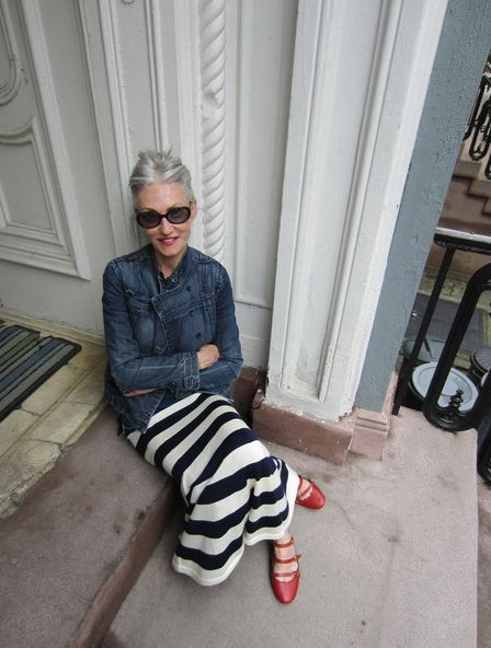 look at the door way, look at the GREAT stripped skirt (love), look a the shoes! linda rodin