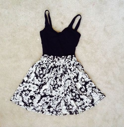 Zelihas Blog: Pretty Summer Dress find more women fashion ideas on…